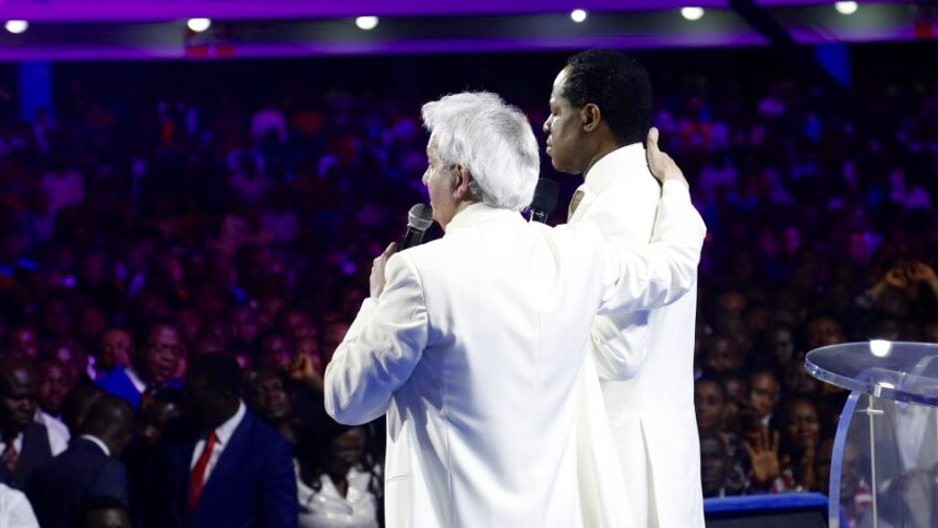 I Stand with Pastor Chris — Pastor Benny Hinn Says